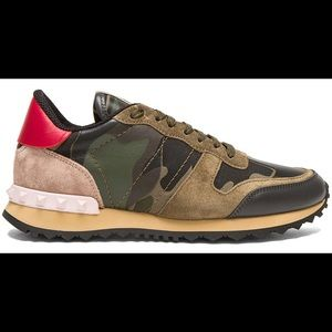 Valentino Garavani Rockstud Camouflage Sneaker
